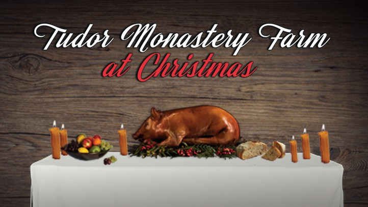 Tudor Monastery Farm at Christmas