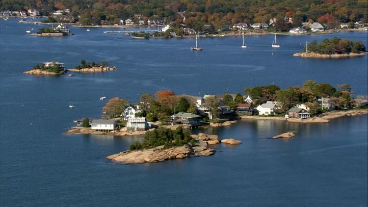 Connecticut: Lime Rock Park to Faulkner's Lighthouse
